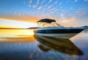 Обои катер, лодка, закат, вода