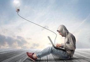 парень, ноутбук, лампа, креатив
