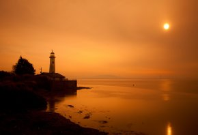 Обои море, маяк, пейзаж, закат