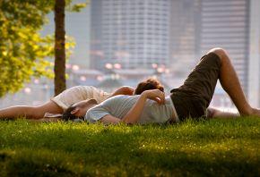 парень, девушка, травка, отдыхают, любовь