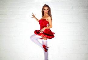 Леанна Деккер, модель, снегурочка, красное платье, белые чулки, ножки