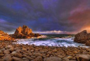Обои скалы, камни, прибой, вечер, закат, небо, Океан