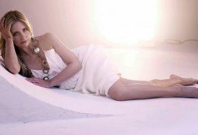 белое платье, постель, модель, позирует, взгляд