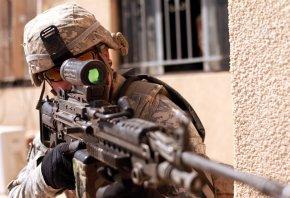 Обои оружие, война, Солдат, снайпер, прицел