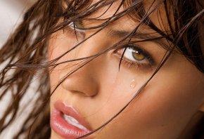 мордашка, слеза, волосы, взгляд, глаза
