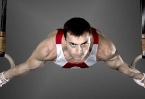 Взгляд, кольца, спортсмен, мышцы, тренировка, майка