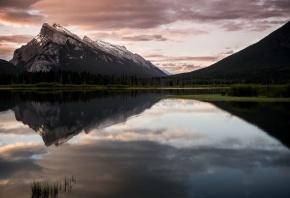 Обои озеро, пейзаж, горы, отражение, небо