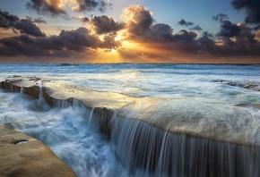Обои водопад, горы, красиво, закат, вода, камни