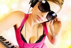 девушка, очки, отражение, музыка, наушники