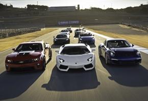 Обои Lamborghini Aventador LP700-4, Chevrolet Camaro, Porsche bokster, McLaren MP4-12C, subaru brz 2.0s, спорткары, гонка, трек, класс