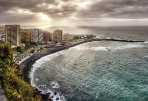 Пуэрто де ла Крус, Тенерифе, Испания, Канарские острова, Атлантический океан, побережье, здания