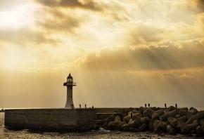 пристань, маятник, рыбаки, лучи солнца, небо, волны