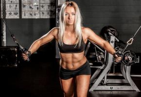 Обои девушка, фитнес, тело, тренажёры, блондинка