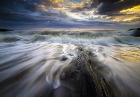 волны, море, шторм, камни, тучи, вода