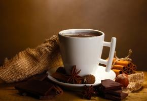 кофе, шоколад, конфеты, блюдце, орешки