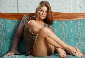 диван, девушка, сидит, angelina, шатенка, ноги, софа