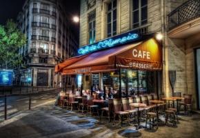 улица, кафе, люди, стулья, огни, вечер