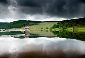 озеро, мост, поля, трава, небо, деревья