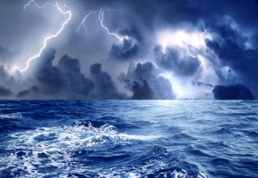 Обои море, океан, вода, буря, волны, пена, гроза, тучи, гром, молнии