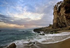 Обои Лагуна-Бич, Калифорния, Тихий океан, башня, скала, побережье
