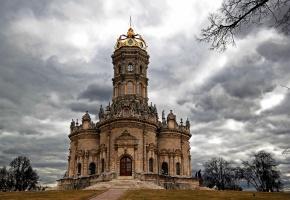 Обои храм, монастыри, собор, Россия, Церковь Знамения, Дубровицы, Подольск, облака