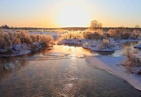 Обои зима, лед, река, деревья, снег