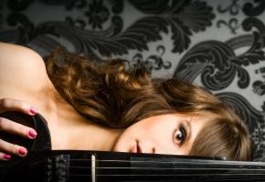 музыка, скрипачка, черные, черные узоры, электроскрипка