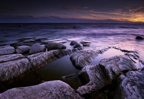 Обои море, камни, ночь, пейзаж, небо