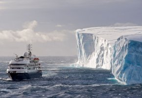 Обои Ocean, Antarctica, Corinthian, Море Уэдделла, Южный океан, Антарктида, лайнер, айсберг, лёд