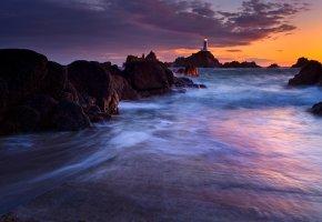 Обои Маяк, вечер, закат, сумерки, огни, свет, море, скалы