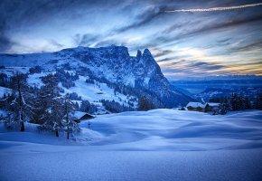 Обои Зима, снег, горы, деревья, домики