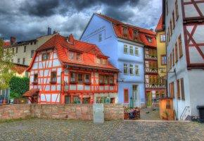 Обои Германия, Шмалькальден, курорт, дома, небо, облака, двор, забор