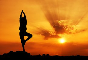 Обои Йога, закат, солнце, небо, лучи