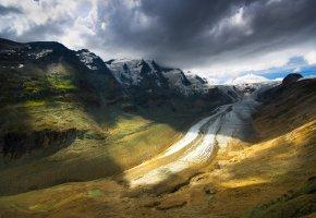 Обои пейзаж, горы, небо, облака, тучи, Дорога