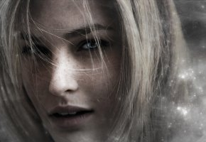 Обои девушка, лицо, волосы, веснушки, голубые глаза