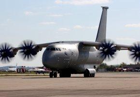 Обои аэродром, Ан-70, среднемагистральный, военно-транспортный, самолёт