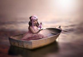Обои девочка, лодка, фея, удивление, вода