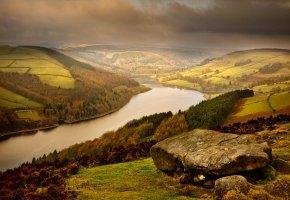 Обои горы, холмы, камень, река, лес, небо