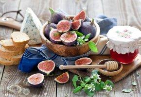 Обои инжир, ягоды, сыр, хлеб, ложка, варенье, джем, Anna Verdina