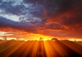 Обои небо, закат, пейзаж, солнце, свет, лучи