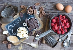 Обои шоколад, малина, яйца, сахар