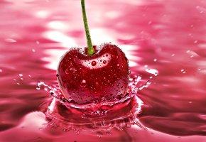 Обои вишня, всплеск, брызги, вода, капли