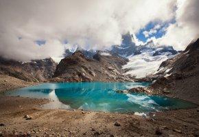 Обои Горы, снег, озеро, голубое, облака, камни