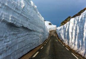 Обои дорога, горы, снег, пейзаж