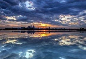 Обои небо, пейзаж, город, ночь, закат, отражение