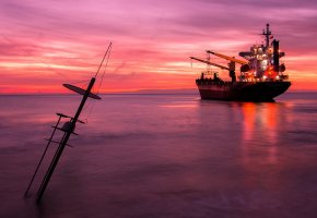 Обои закат, море, корабль, тишина, гладь