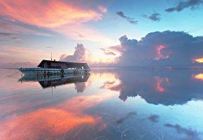 Обои закат, море, облака, тучи, корабль, пейзаж
