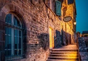 Обои Mont Saint Michel, Франция, ночь, лестница