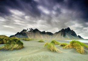 Обои Исландия, мыс, Стоккснес, горы, весна