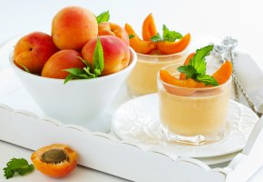 Обои десерт, абрикосы, листики, dessert, apricots, leaves